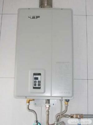 平衡式燃气热水器安装图(安装在室内)-燃气热水器安装 详解安装热