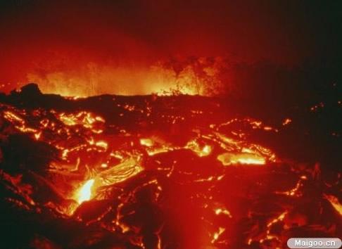 2, 加那利群岛拉帕尔马别哈火山,上一次爆发时间:1971年.